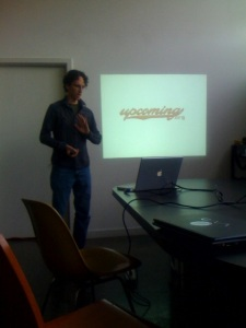 Andy Baio speaking at PDX Web Innovators in June 2008